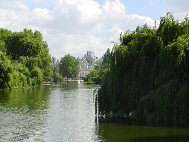 View of Whitehall from st. james park