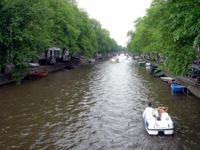 even more canals!