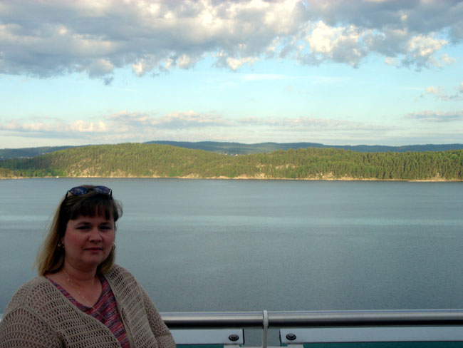 Sheila looks at fjords